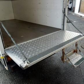 エルフ パネルバンを中古車リース 18elf13 290x290