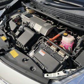 【 中古車リース 】営業車にハイブリッド プリウスアルファ  s IMG 0380 290x290